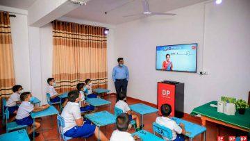 DP-Education-digital-classroom-01